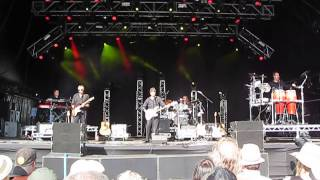 10CC - Life is a Minestrone - Live at the Hop Farm Festival 2014