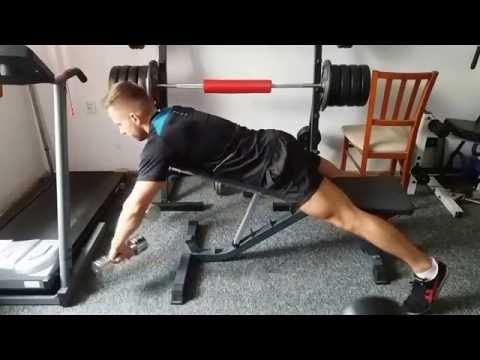 Jak swing mięśnie dziewczynę z powrotem