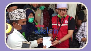 Ustadz Zaky Bersama AmPro Travel Memberi Bantuan Kepada Korban Banjir Bandang