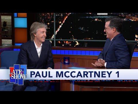המראיין שואל את פול מקרתני אם הוא מכיר את ההרכב הכי מפורסם בעולם כעת