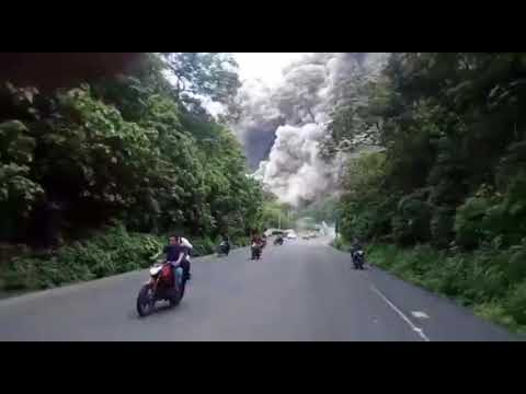 Latest Today Indonesia Main Zaberdest Volcano! Allah Mudad Kara Muslmanoo Ki