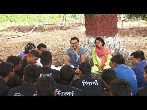 Village Strives to Escape Drought's Grip (Marathi)