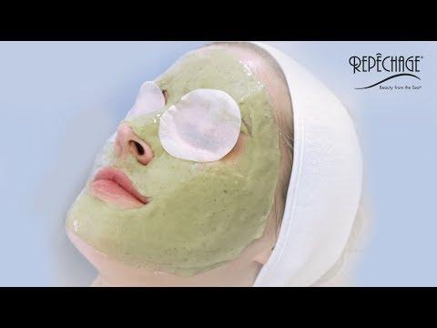 Ng dust mask sa kanyang mukha