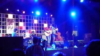 """Blue Sky Collapse""  Aditya Sofyan: Live at Java Jazz Festival 2014"