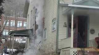 preview picture of video 'Raw footage - fire on Hastings Street, Wellsboro, on Jan. 24, 2014'