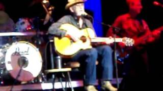 """Don Williams Live """"It Must Be Love"""" and """"I Believe in Love"""" - North Charleston 2011"""