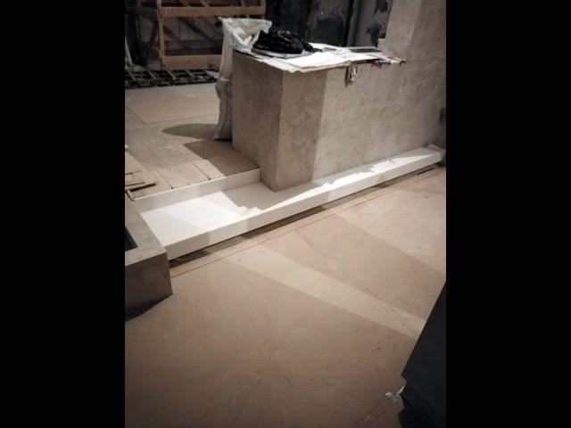Белые ступени из искуственного акрилового камня DuPont Corian Designer White