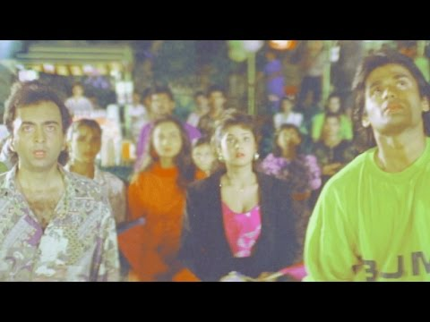 Sunil Shetty, Divya Bharti, Balwaan - Action Scene 4/24