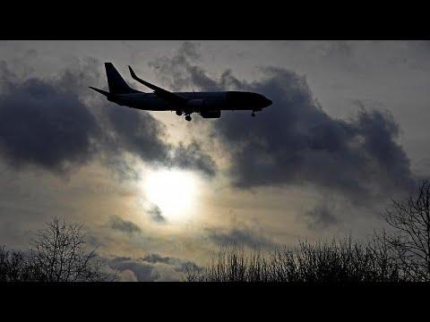 Λονδίνο: Το αεροδρόμιο Γκάτγουικ ξανάνοιξε για περιορισμένο αριθμό πτήσεων…