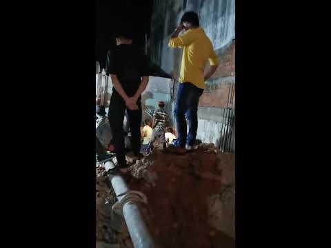 Đổ bê tông móng ban đêm tại Thị trấn Gò Dầu