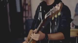 The Roads Below - I Want Us (Live Sessions)
