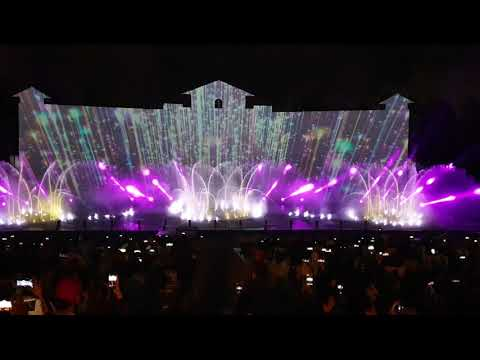 Ho May Grand Show - A show must watch in Viet Nam