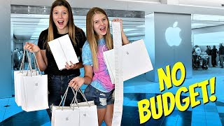 No Budget at the APPLE STORE with MOM's CREDIT CARD!