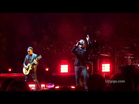 """U2 cancela un concierto por culpa de una """"pérdida de voz"""" de Bono"""