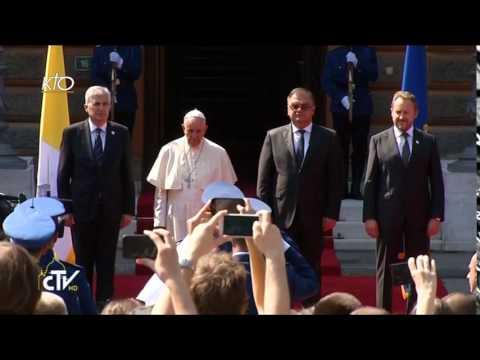 Cérémonie de bienvenue du Pape François à Sarajevo