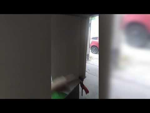 Фото Раздвижные двери в туалет, для закрытия сантехнического узла.