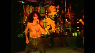AC/DC - Hell Aint`t A Bad Place To Be Live From Paris 1979 (with Bon Scott)