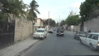preview picture of video 'Driving through Port au Prince 3'