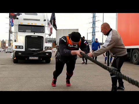 العرب اليوم - مهرجان الشاحنات في روسيا يكرم الرجل أو يهان
