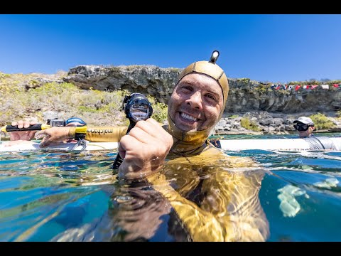 New Freediving World Record at Deans Blue Hole