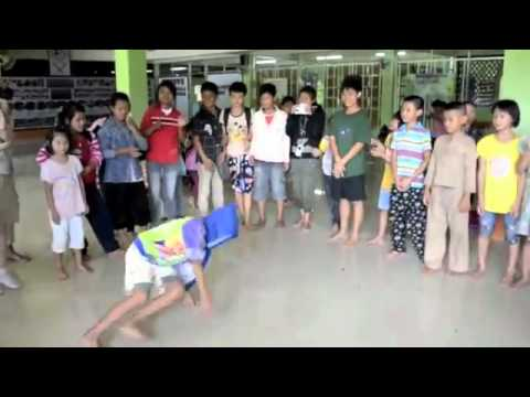 Literacy Education for Thai Minority Community
