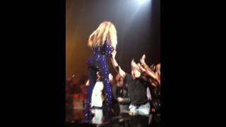 Beyonce in Nashville July 13, 2013 fan freaks out!