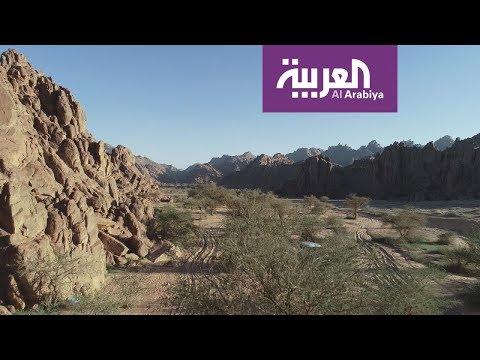 العرب اليوم - شاهد: أسرار جبال أجا في حائل لممارسة الهايكنج والتسلق على الرمال