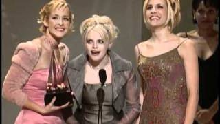 Dixie Chicks Win Favorite Country New Artist Award - AMA 1999