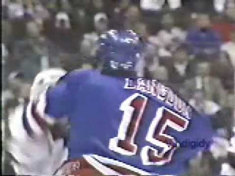 Randy McKay vs. Darren Langdon