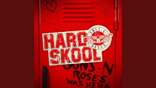 Kadr z teledysku Hard Skool tekst piosenki Guns N