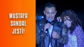 Zeynep Bastık, Mustafa Sandal Sürpriziyle Harbiye'yi Coşturdu!