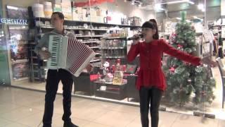 """Под небом Парижа"" (Cover). Диана Анкудинова и Андрей Захаров(аккордеон)"