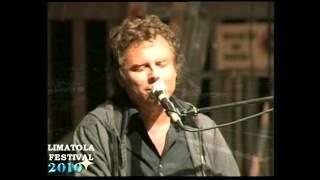 preview picture of video 'Franco Fasano Un bimbo che non c'è - Limatola Festival 2010 (Parte 1/2)'