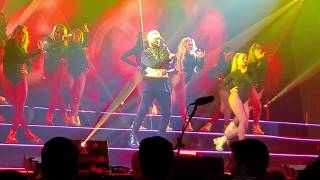 Maluma - Hola Senorita (Live  2019)