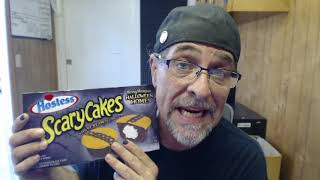 Scary Cakes Review | STONEY SNACKS | Soundrone tries and reviews 2020  Halloween snack cakes by Sound Experiments