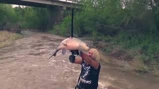 Рыбалка настоящего мужика (приколы рыбалка, лучшие видео, смех, угар, юмор)