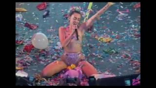 Miley Cyrus super sexy