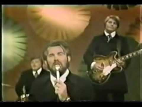 "Kenny Rogers  & The First Edition - Ruby ""Don't Take Your Love To Town"""