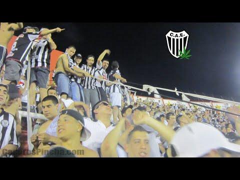 """""""Cumbia Pincha - La Barra De Caseros en Parque de Los Patricios."""" Barra: La Barra de Caseros • Club: Club Atlético Estudiantes"""