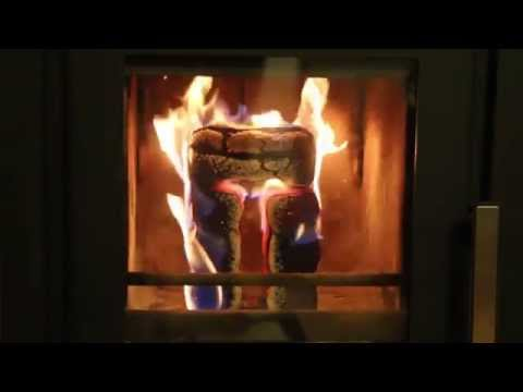DER Trick um Holzbriketts schnell und einfach anzünden ohne Anfeuerholz mit nur einem Anzünder!