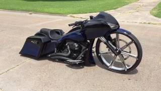 """""""The Fat Lady"""" 09 Harley Davidson Road Glide with 30 inch Wheel"""