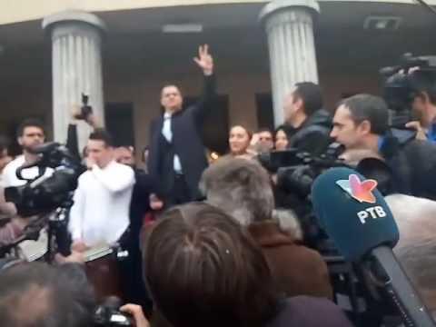 """""""Zbog velikog interesovanja"""", Jeremić skup drži ispred a ne u Pozorištu"""