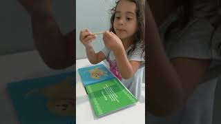 4 Year Old AMAZING Girl teaches FOCUSING - Scratch Reveal Pad