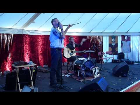 "2TONIC , LIVE at the PORT ELIOT FESTIVAL 2015 "" RISING SUN ""(cover,medicine head) "" WETROOM JIVE """