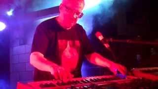 "DEVO Performs ""Mongoloid"" as unplanned encore in Solana Beach, CA 2014"