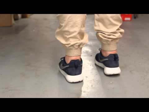 Nike Rosherun Suede On-feet Video at Exclucity