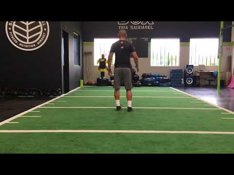 Reverse Walking Lunge and Twist
