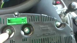 Замена лампы номерного знака