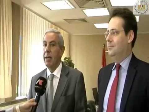 الوزير/طارق قابيل يعقد جلسة مباحثات ثنائية موسعة مع وزير التجارة الفرنسى