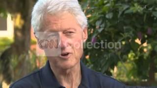 VIETNAM: BILL CLINTON: INTL AIDS CONFERENCE